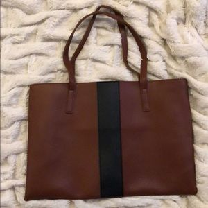 Brand new Vince Camuto purse.